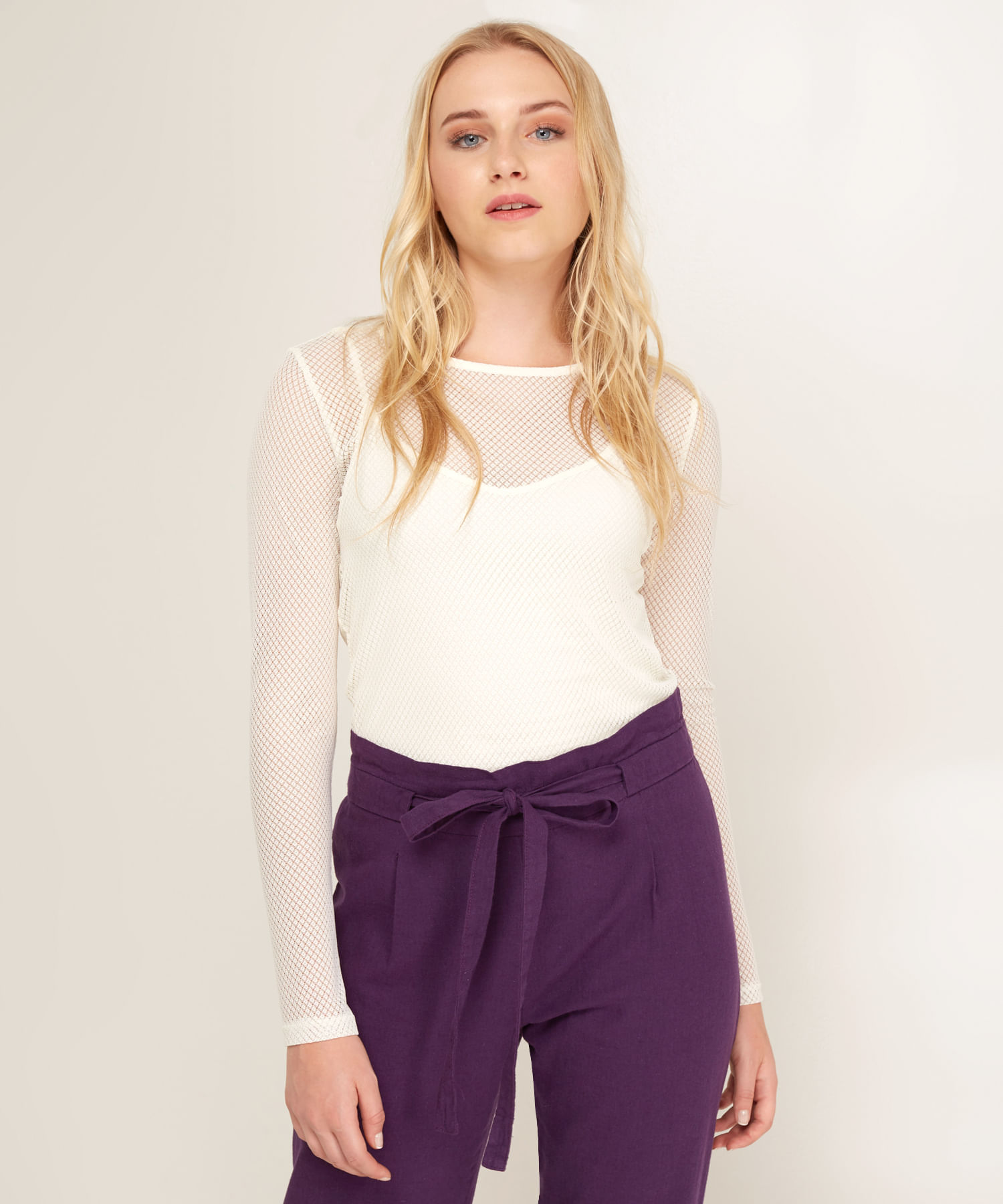 Camiseta unicolor para mujer en encaje manga larga color blanco jpg  1500x1800 Unicolor camisetas para mujer b646a9eb4aff2